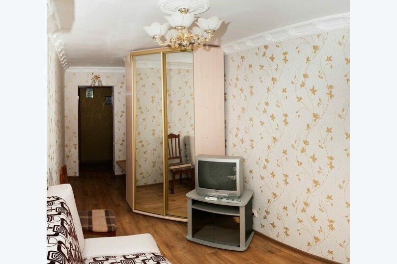 2-комн. квартира, 38 кв.м. на 5 человек, Алупкинское шоссе, 34, Гаспра - Фотография 1