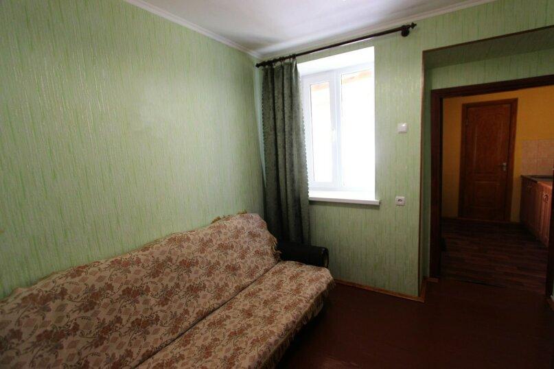 Двухкомнатный дом возле моря, 45 кв.м. на 5 человек, 2 спальни, улица Генерала Бирюзова, 19, Судак - Фотография 4