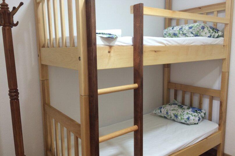 общий номер на 10 спальных мест, Ларионова, 30а/1, Симферополь - Фотография 1