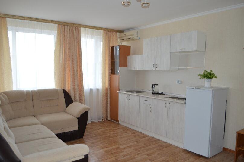 Двухкомнатный номер с кухней, Азовский переулок, 17, Пересыпь - Фотография 1