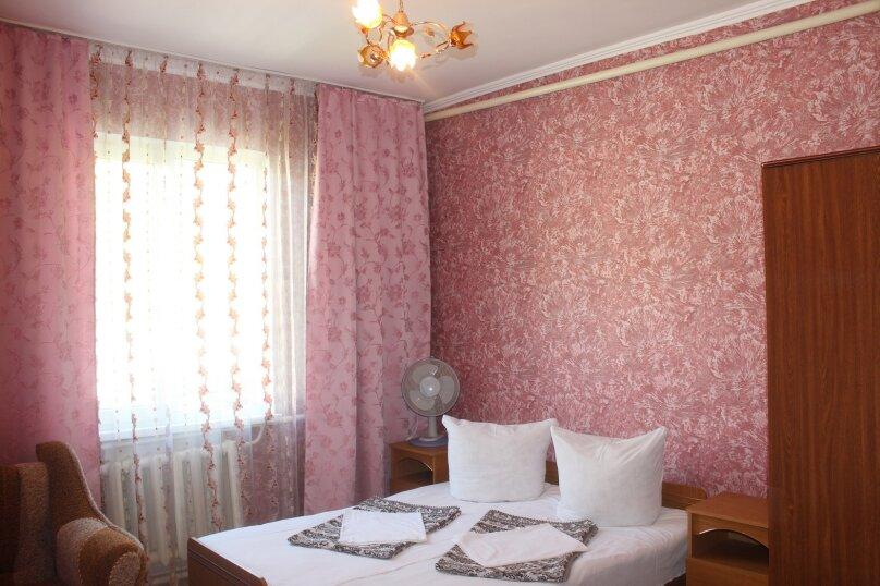 """Гостевой дом """"Джалала"""", Приморская улица, 23 на 6 комнат - Фотография 21"""