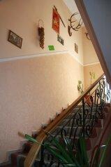 Гостиница, Клементьевская улица на 6 номеров - Фотография 2