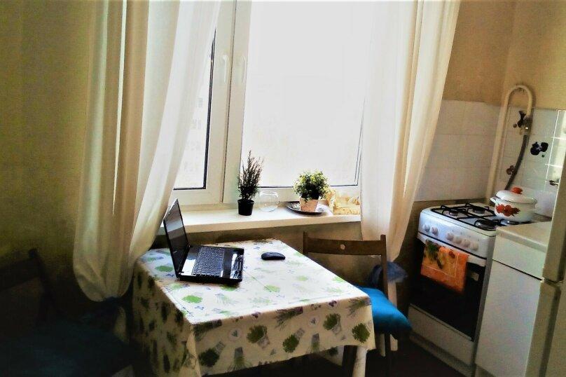 1-комн. квартира, 40 кв.м. на 4 человека, улица Введенского, 10к1, Москва - Фотография 3
