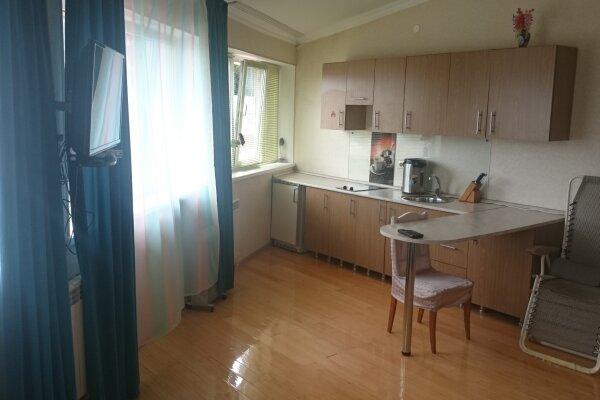 1-комн. квартира, 35 кв.м. на 2 человека, улица Кирова, 30, Адлер - Фотография 1