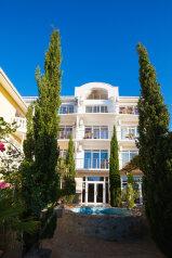 Гостевой дом , улица Ленина на 30 номеров - Фотография 1
