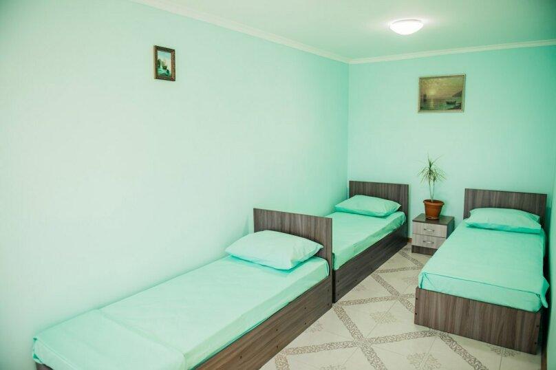 """Гостевой дом """"Лето"""", Тенистая улица, 8 на 13 комнат - Фотография 22"""