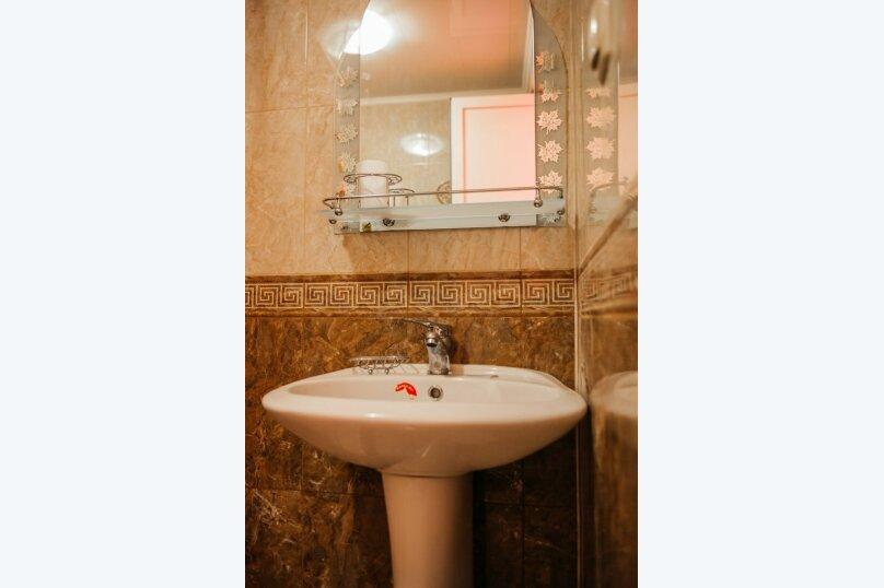 """Гостевой дом """"Лето"""", Тенистая улица, 8 на 13 комнат - Фотография 23"""