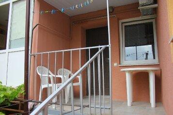 Апарт отель Коробкова, улица Вити Коробкова, 66 на 5 номеров - Фотография 1