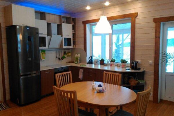 Дом, 130 кв.м. на 6 человек, 2 спальни, Мартнаволокский берег озера Пертозеро, стр. 1, Кондопога - Фотография 1