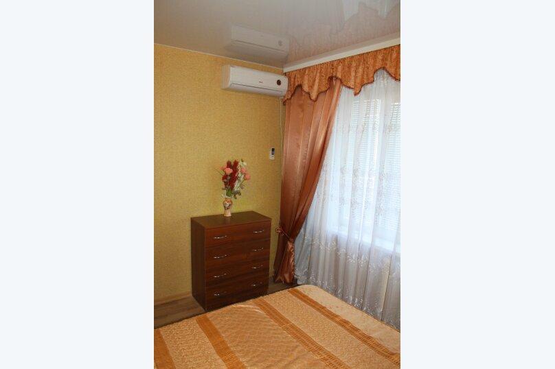 2-комн. квартира, 46 кв.м. на 5 человек, проспект Героев Сталинграда, 46, Севастополь - Фотография 10