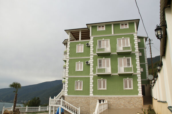 Гостевой дом, Черкесская улица, 85 на 12 номеров - Фотография 1