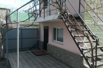 Сдается коттедж + дом, 80 кв.м. на 7 человек, 4 спальни, Русская улица, Феодосия - Фотография 4