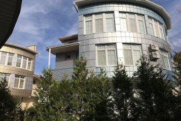 Отель, квартал Звездный на 13 номеров - Фотография 1