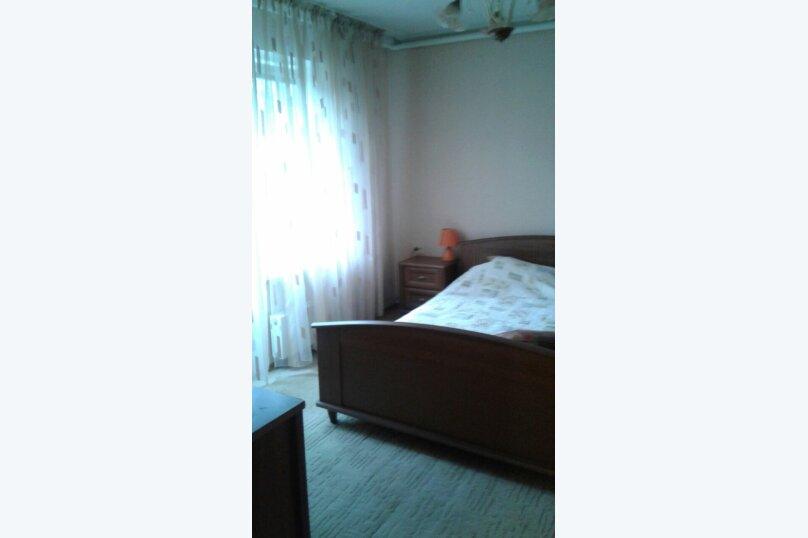 """Гостевой дом """"Кипарис"""", Камышовая улица, 11 на 4 комнаты - Фотография 3"""