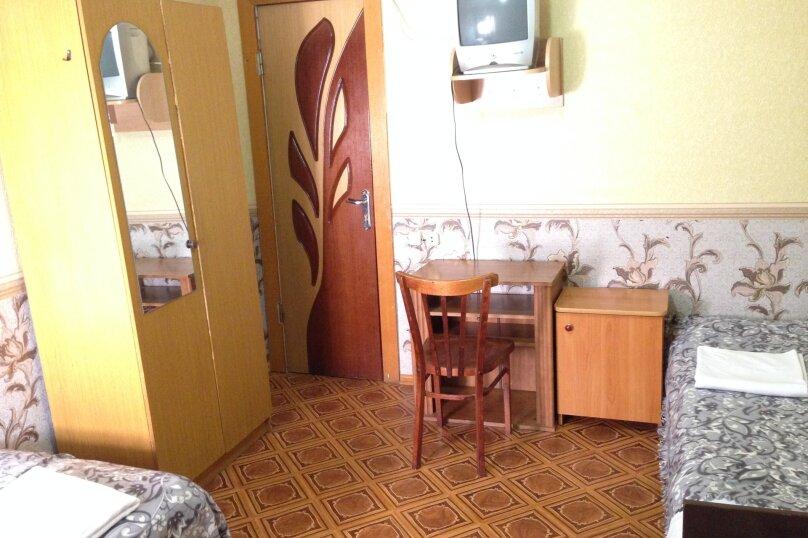 Гостевой дом АТЛАС, улица Просвещения, 171 А на 10 комнат - Фотография 8
