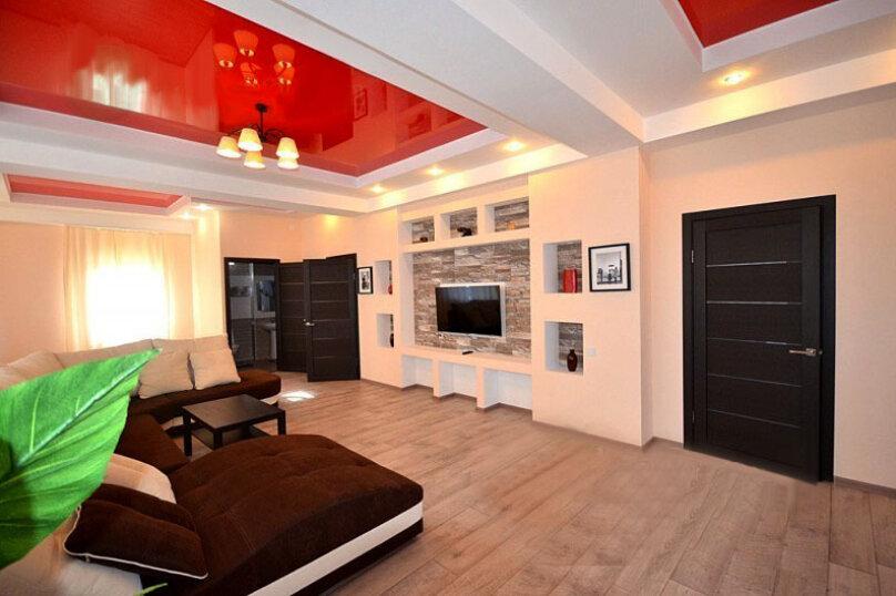 Сдам дом с бассейном, 300 кв.м. на 10 человек, 5 спален, Алуштинский район, Партенит, пос. Лавровое, улица Фрунзенская, 3, Алушта - Фотография 10