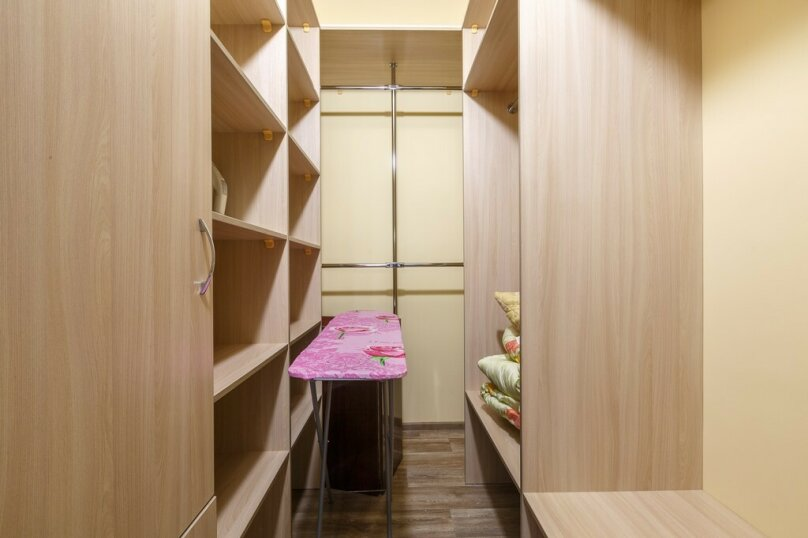 1-комн. квартира, 55 кв.м. на 4 человека, улица Мичурина, 138, Самара - Фотография 10