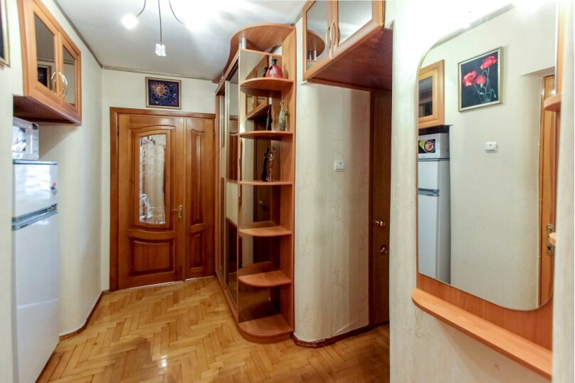 2-комн. квартира, 50 кв.м. на 5 человек, улица Истрашкина, 15, Судак - Фотография 9