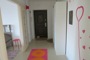 2-комн. квартира, 60 кв.м. на 6 человек, лагерная, Псков - Фотография 2