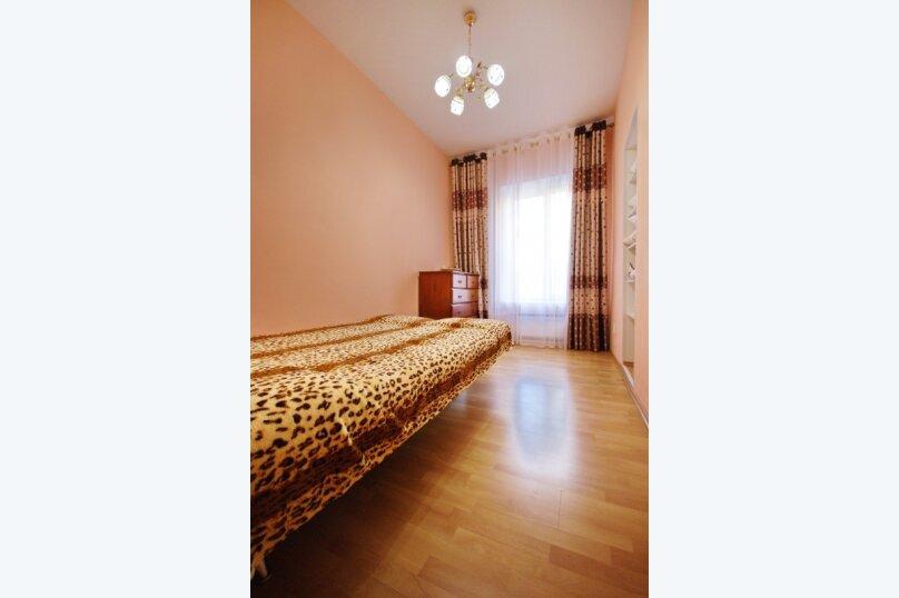 2-комн. квартира, 70 кв.м. на 4 человека, Чистопольская улица, 61а, Казань - Фотография 6