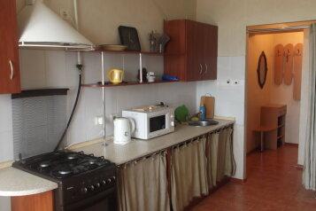 2-комн. квартира, 70 кв.м. на 6 человек, Тульская улица, Севастополь - Фотография 3