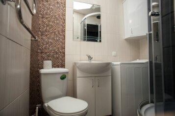 2-комн. квартира, 45 кв.м. на 5 человек, проспект Юрия Гагарина, 17А, Севастополь - Фотография 2