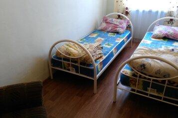 Сдаю благоустроенный отдельный дом без хозяев для отдыха на одну семью , 45 кв.м. на 5 человек, 2 спальни, улица Ленина, 97, Камышеватская - Фотография 2