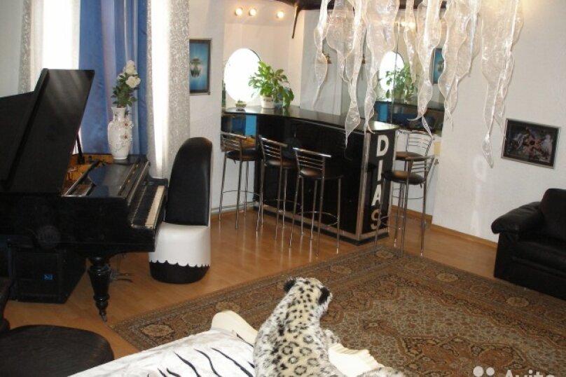 2-комн. квартира, 70 кв.м. на 6 человек, улица Ломоносова, 1, Ялта - Фотография 2