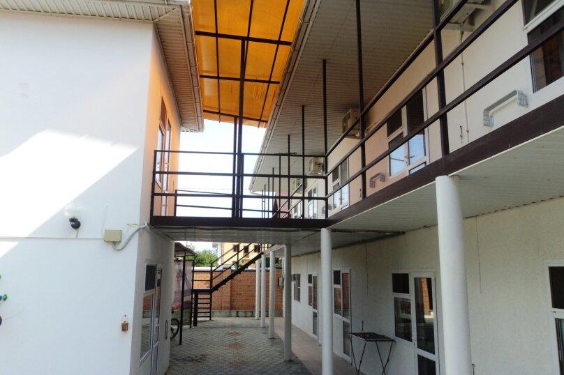 Загородный дом, Генуэзский проезд, 6 на 6 комнат - Фотография 2