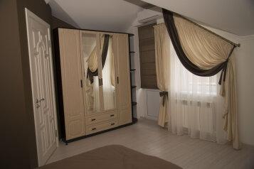 Дом, 110 кв.м. на 8 человек, 3 спальни, улица Маркова, Ессентуки - Фотография 2