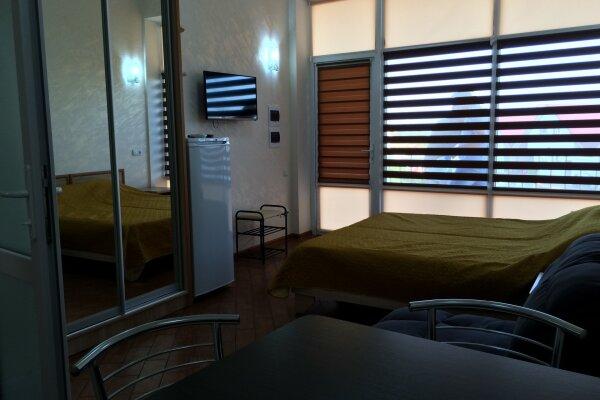 1-комн. квартира, 25 кв.м. на 3 человека, аллея Дружбы, 14, Евпатория - Фотография 1