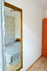 Дом, 75 кв.м. на 8 человек, 3 спальни, улица Бирюзова, Судак - Фотография 2