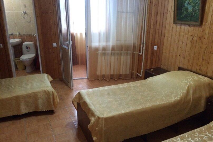 """Гостевой дом """"Луиза"""", Православная улица, 35А на 22 комнаты - Фотография 17"""