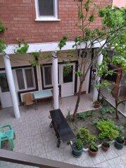 Гостевой дом, частный сектор, Севастопольская улица, 28 на 7 номеров - Фотография 2