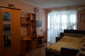 1-комн. квартира на 4 человека, улица Нахимова, 22, поселок Орджоникидзе, Феодосия - Фотография 1