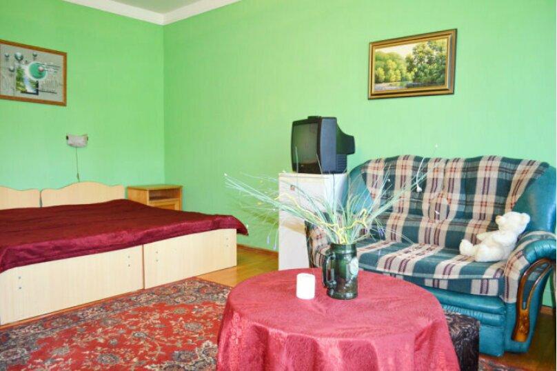 """Гостевой дом """"Натали"""", Заречная улица, 15 на 16 комнат - Фотография 33"""