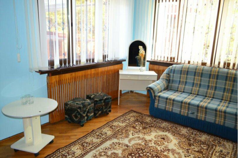 №2 люкс, 32кв. метра, 1й этаж, Заречная улица, 15, Ольгинка - Фотография 1