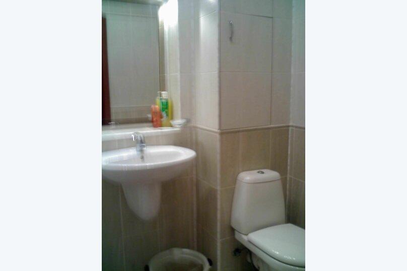 1-комн. квартира, 37 кв.м. на 3 человека, улица Ленина, 33, Севастополь - Фотография 9