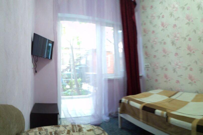 """Гостевой дом """"На Севастопольской 28"""", Севастопольская улица, 28 на 7 комнат - Фотография 45"""