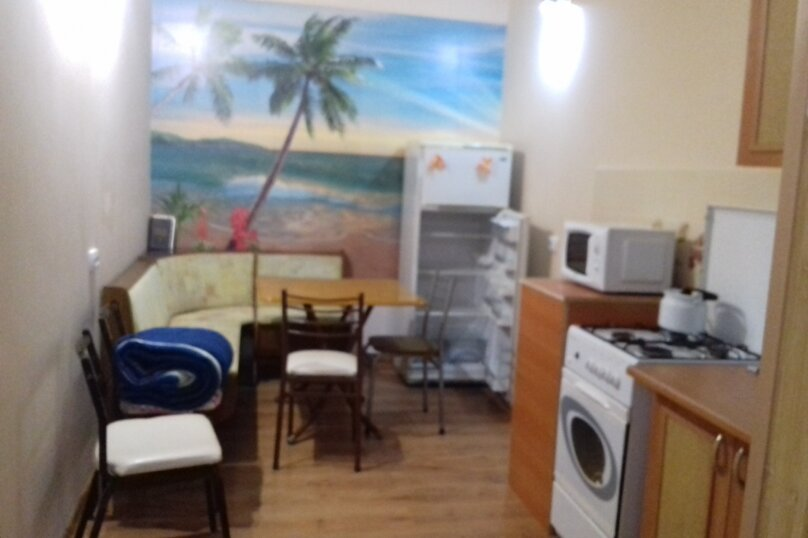 Дом под ключ, 60 кв.м. на 5 человек, 5 спален, Лиманная, 65, Евпатория - Фотография 1