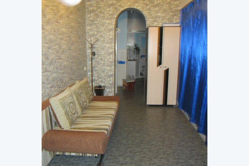 Дом, 30 кв.м. на 4 человека, 2 спальни, Александровская, 14, Таганрог - Фотография 4