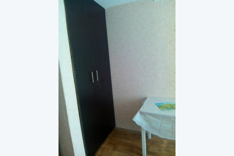 Сдаю дом   под   ключ, 45 кв.м. на 6 человек, 2 спальни, Таврическая улица, 12, Алушта - Фотография 2