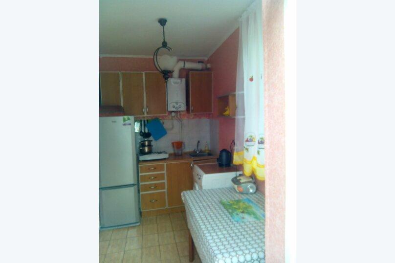 Сдаю дом   под   ключ, 45 кв.м. на 6 человек, 2 спальни, Таврическая улица, 12, Алушта - Фотография 6