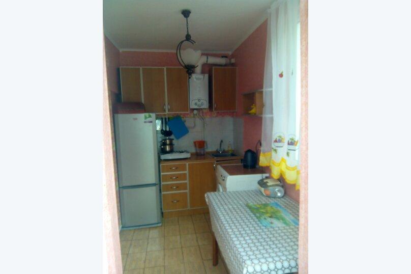 Сдаю дом   под   ключ, 45 кв.м. на 6 человек, 2 спальни, Таврическая улица, 12, Алушта - Фотография 7