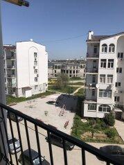 1-комн. квартира, 43.5 кв.м. на 3 человека, улица Челнокова, Севастополь - Фотография 1