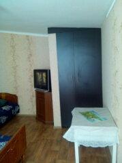 Сдаю дом   под   ключ, 45 кв.м. на 6 человек, 2 спальни, Таврическая улица, Алушта - Фотография 3