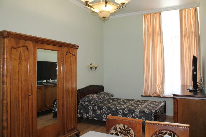 1-комн. квартира, 24 кв.м. на 3 человека, улица Коммунаров, 1, Ялта - Фотография 1