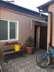 Гостевой дом на Симферопольской, 3-я Поперечная улица на 2 номера - Фотография 2