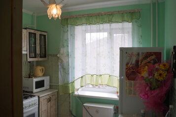 2-комн. квартира на 5 человек, улица Ленина, 11, поселок Орджоникидзе, Феодосия - Фотография 4