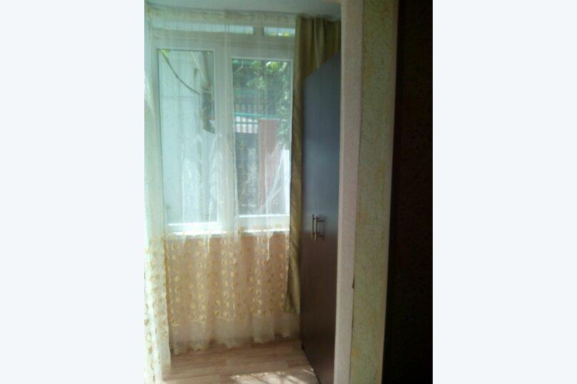 Сдаю дом   под   ключ, 45 кв.м. на 6 человек, 2 спальни, Таврическая улица, 12, Алушта - Фотография 8